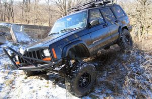 4.5in Jeep Cherokee XJ Suspension Lift Kit Installation Available for Sale in Orange, CA