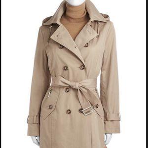 Michael Kors Trench Coat (Large) for Sale in Philadelphia, PA