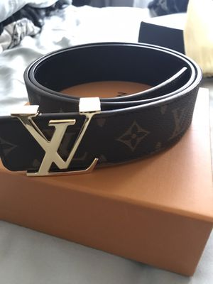 LV Belt Gold Buckle for Sale in Madisonville, LA