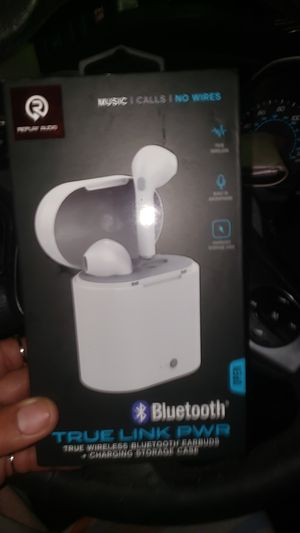 Wireless earbuds + charging case for Sale in Fort Lauderdale, FL