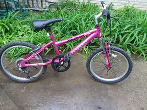 20 inch Girls Bike for Sale in Cleveland, OH