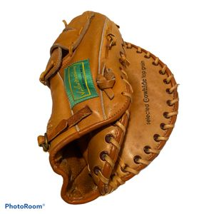 Ted Williams Baseball Glove for Sale in Woodside, CA