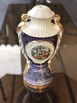 Vintage Victorian / renaissance lamp base for Sale in Chicago, IL