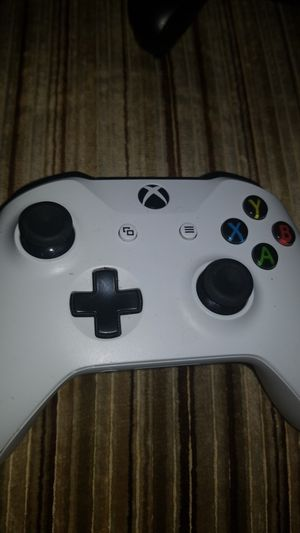 Xbox one controller( new) for Sale in Rolla, MO