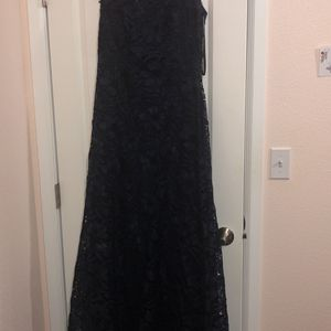 Beautiful Dress . Tadashi Shoji. Navy Blue. Size 6 for Sale in Auburn, WA