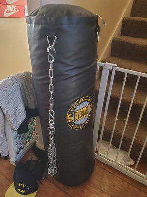 Like new heavy duty punching bag for Sale in Kearns, UT