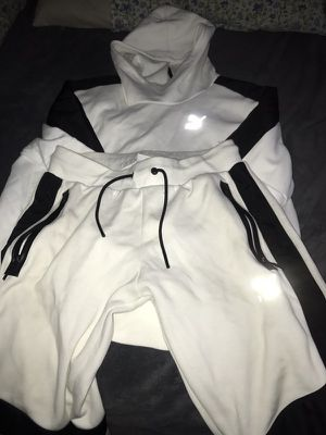 Puma Suit Size Medium for Sale in Bronx, NY
