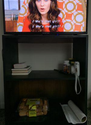 Book shelf/Tv stand for Sale in Saginaw, MI