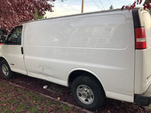 03 Chevy Express 3500 for Sale in Seattle, WA