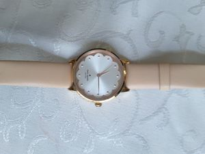 Kate spade watch excellent conditions for Sale in Riverside, CA