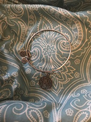 Alex and Ani Hero charm expandable wire bracelet in russian silver for Sale in Columbus, OH