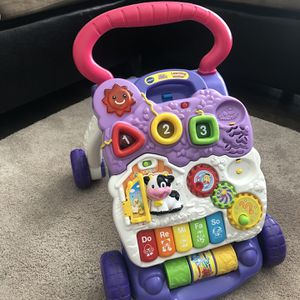 Vtech Baby Girl Walker for Sale in Hickory Hills, IL