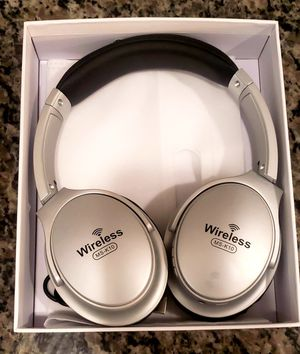 Brand New in Box Wireless High Quality Overhead Bluetooth Stereo Extra Bass Headset for Sale in Newark, NJ