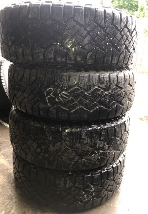 4x GOODYEAR WRANGLER DURATRAC 265/65R18 for Sale in Lakewood, WA