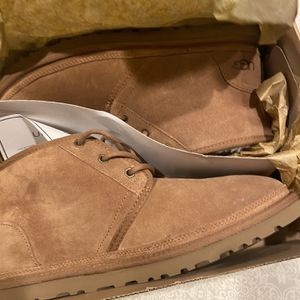 Brand New In The Box Men's Ugg's Size 11 for Sale in North Brunswick Township, NJ