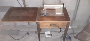 Kenmore sewing machine model # 120714 for Sale in Modesto, CA