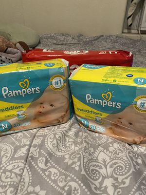 Newborn diapers for Sale in El Monte, CA