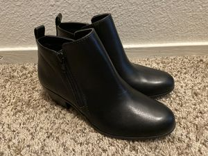 Black leather boots for Sale in Las Vegas, NV