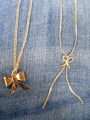2 Bow Necklaces for Sale in Hedgesville, WV