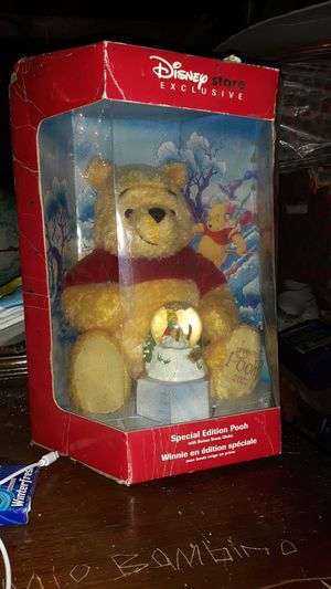 25th anniversary Special edition Winnie the Pooh for Sale in Boston, MA