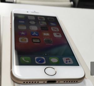 Unlocked IPhone 8 GOLD 64gb for Sale in Las Vegas, NV