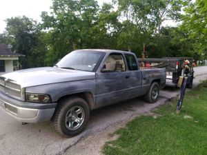96 Dodge Ram 1500 V8 Magnum for Sale in Houston, TX