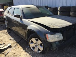 2008 Dodge Magnum (PARTS ONLY) for Sale in Dallas, TX