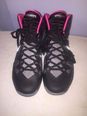 Nike Hyperdunk Men 11.5 - Dark/Pink/Grey for Sale in El Monte, CA