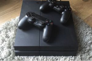 Ps4 2 Controllers comes with all cords perfect Condition . for Sale in Cleveland, OH