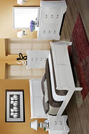 Louis Philip 4pc Queen Bedroom Set for Sale in Houston, TX