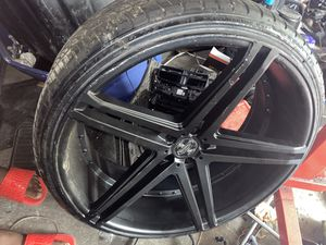 24 inch rims 5x114 for Sale in Los Angeles, CA