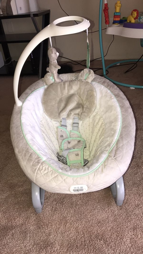 Graco baby swing and bouncer duo