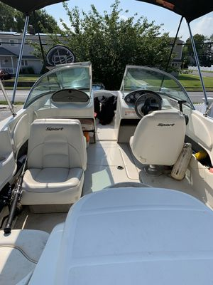 2007 17.5 ft Searay sport for Sale in Levittown, NY