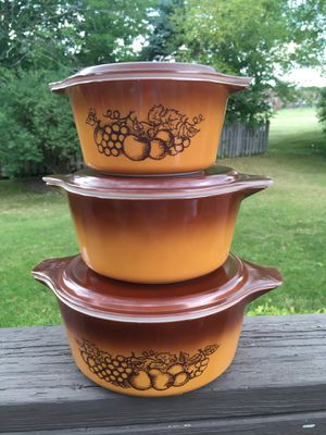Pyrex Old Orchard Casserole Set for Sale in Naperville, IL
