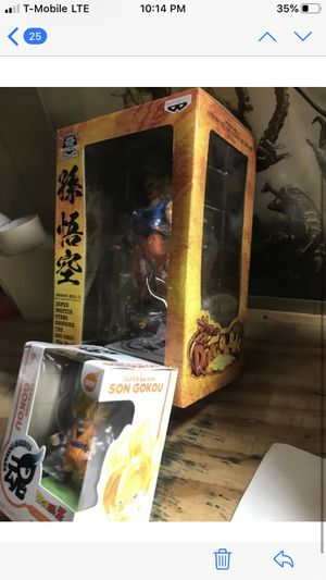 Goku statue and little goku dragonball z for Sale in Chicago, IL