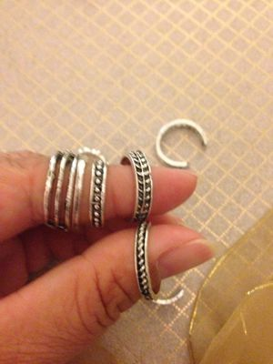 New fashion jewelry vintage toe rings for Sale in Moreno Valley, CA
