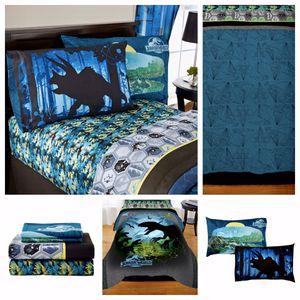 Jurassic World Bed Set (FULL) for Sale in Waynesville, MO