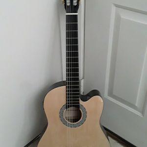 Brand new Classical nylon String Acoustic Guitar for Sale in Mt. Juliet, TN