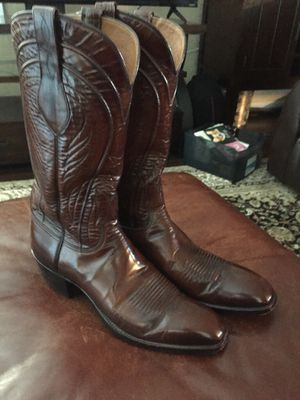 Cowgirl boots Lucchese women size 11AA for Sale in Concord, CA