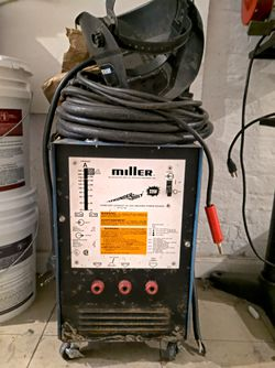 Miller thunderbolt 225 volt stick welder for Sale in Brooklyn,  NY