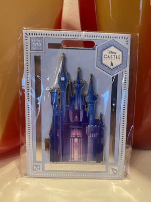 Disney Cinderella limited edition pin for Sale in Las Vegas, NV