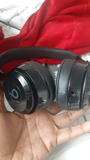 Beats solo 3 for Sale in St. Petersburg, FL