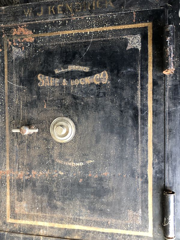 Over 100 year old antique safe from blacksmith shop