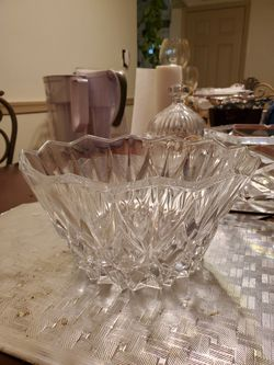 Lead Crystal bowls for Sale in NO POTOMAC,  MD