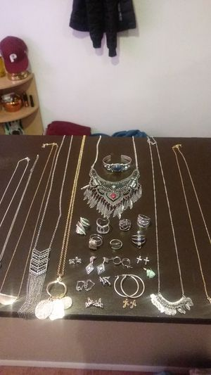 Costume jewelry, necklaces, bracelets, rings,ear rings for Sale in Chantilly, VA