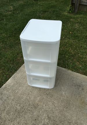 """Sterlite 3-drawer plastic storage bin 15 3/4"""" D x 12 1/2"""" W x 24 5/8"""" T outside dimensions for Sale in Westerville, OH"""