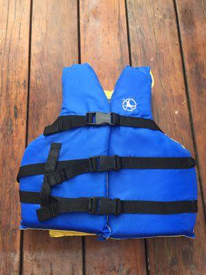 Child's life vest- 50-90 lbs. for Sale in Brea, CA