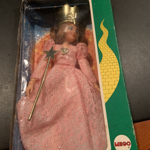 Collectible 1974 Glinda The Good Witch Doll Wizard Of Oz for Sale in Delray Beach, FL