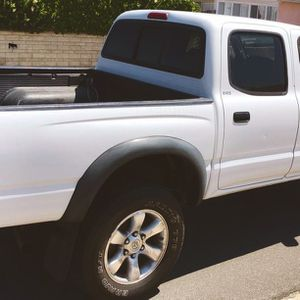 Never used as a work truck 2003 TOYOTA TACOMA for Sale in Wichita, KS