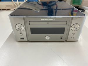 Marantz CD player MCR611 for Sale in Fountain Valley, CA
